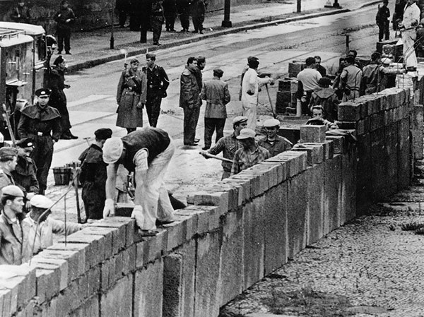 Date Of Berlin Wall Building Date